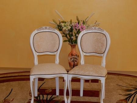 wedding chairs: wedding chairs