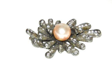 gewgaw: Silver brooch with pearls