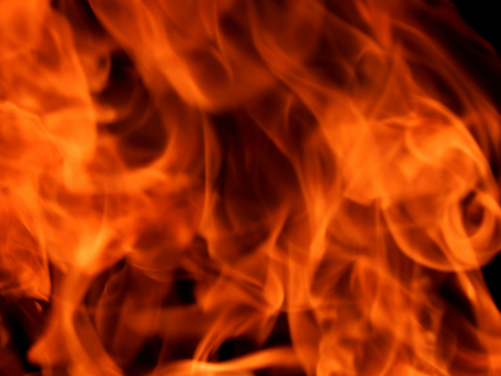 http://us.123rf.com/450wm/avatap/avatap1509/avatap150900008/44517590-Текстура-ярко-огня-и-пламени.jpg
