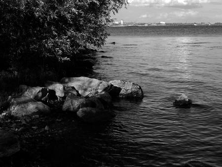 http://us.123rf.com/450wm/avatap/avatap1509/avatap150900149/45124695-Современные-фото-Волга-река-ретро-взгляд.jpg