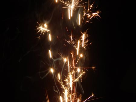 http://us.123rf.com/450wm/avatap/avatap1511/avatap151100131/48700607-sparkler.jpg