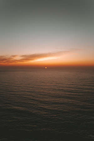 Minimalistic sunset over the sea Archivio Fotografico