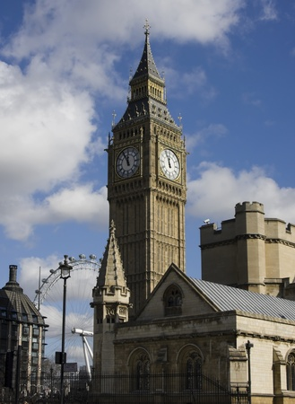 typically english: Big Ben and London Eye