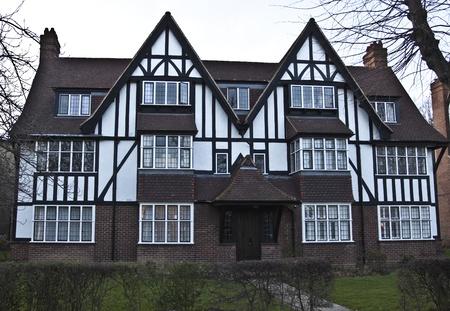 Tudor House in England Stock Photo - 10686723