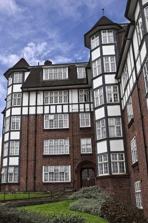 tudor: Tudor House in England