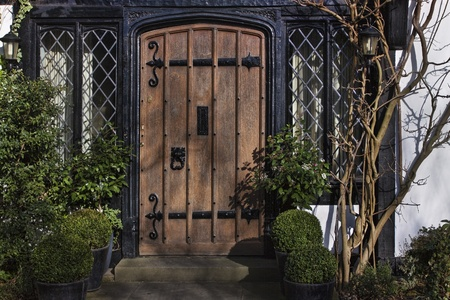 old english: Enter to Georgian house in England Stock Photo