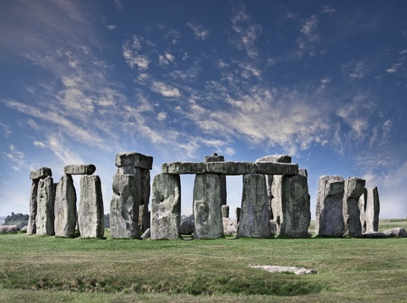 boulder rock: Mysterious Stonehenge in UK