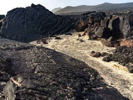 Lava flows in La Restinga. We can observe two types of lava: pahoehoe or cordada and aa or escoriacea. Banque d'images