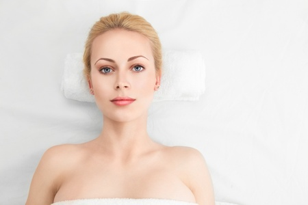 beauty spa: Beautiful Spa Woman with perfect skin Beauty Treatment