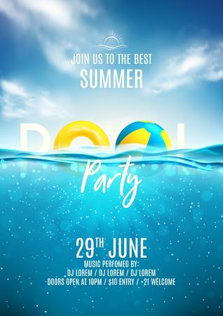 Modello di manifesto festa in piscina estiva. Illustrazione vettoriale con scena dell'oceano sottomarino profondo. Sfondo con nuvole realistiche e orizzonte marino. Invito in discoteca. Vettoriali