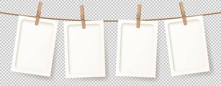 Bannière de vecteur avec des cadres photo rétro réalistes. Illustration vectorielle avec des cartes photo vierges accrochées à la corde. Concept de maquette isolé sur fond transparent. Vecteurs