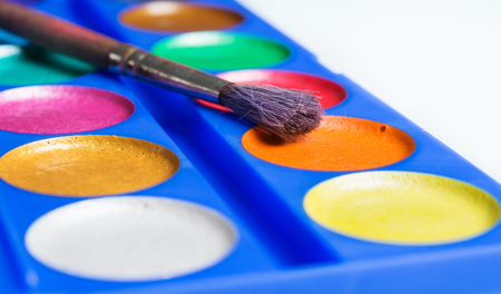 lint: watercolors with brush