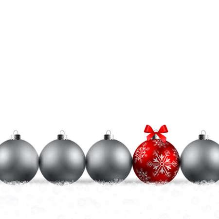 snowdrifts: Natale splendente baubles rosso e argento su sfondo bianco Vettoriali