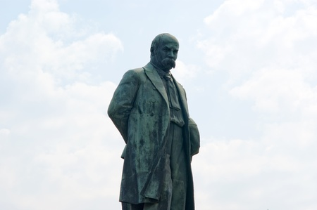 Monument to Ukrainian poet, writer and artist of the 19th century, Taras Shevchenko in Kiev to the Universitys behalf Imagens