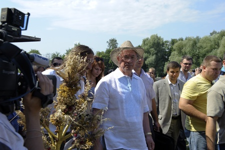 ethnography: Prime Minister of Ukraine Mykola Azarov at the III International Ethnography Festival in the village of Pirogovo, Kiev region, 04.08.2012 Editorial