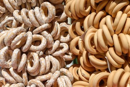 Sweet bakken bagels op het touw bundel close up