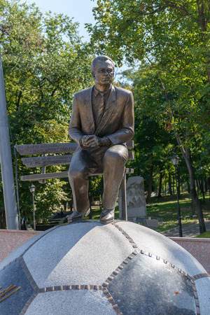 barricades: Monument to Ukrainian coach Valery Lobanovsky in Kiev after the dismantling of the barricades August 26, 2014