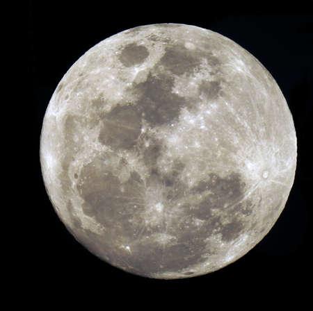 Volle maan geïsoleerd op zwart. Stockfoto