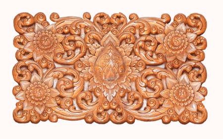 orificio nasal: Madera deseo de estilo tailand�s en la pared o en el techo en el templo del norte de Tailandia. Foto de archivo