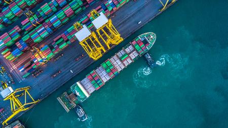 Vue aérienne, de, cargo, conteneur