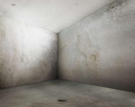 habitacion desordenada: la esquina del interior de grunge de edad