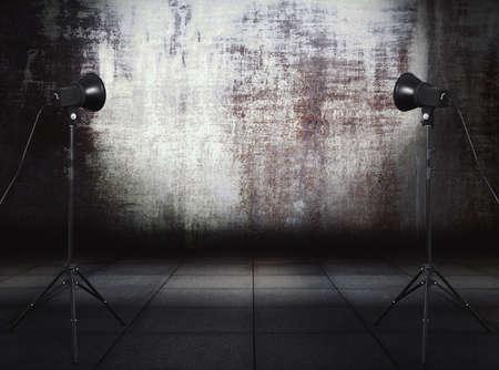 photo studio in old grunge room with metallic wall, urban background 免版税图像