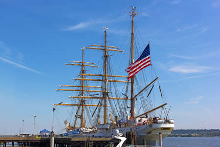 Alexandria welcomes a U.S. Coast Guard tall ship to its docks in Virginia, USA. The Cutter Eagle visits the city for four days as a part of East Coast tour and opens it to free public tours.