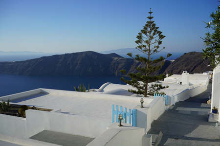 A view on caldera from Santorini island cliff, Greece. Фото со стока