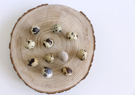 Isolated quail eggs on white background. Food concept.Quail eggs are smaller than chicken, yet they have 2.5 times more vitamin A. Imagens