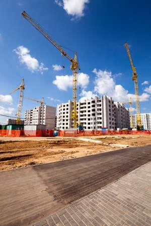 cantieri edili: la costruzione della nuova casa nella nuova area della città. Bielorussia Archivio Fotografico