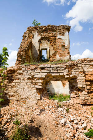 ruins of a fortress in Europe 版權商用圖片