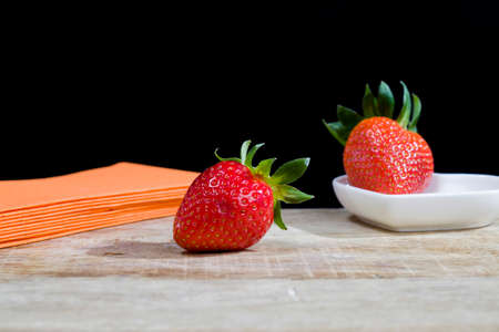 strawberries on kitchen 版權商用圖片
