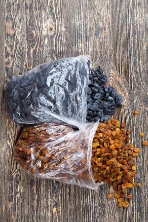 raisins made from grapes
