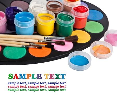 guache: paleta de colores aislados en blanco