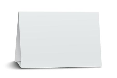 Horizontal tarjeta de mesa de papel en blanco aislado en fondo blanco