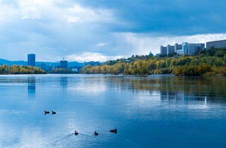 autumn city: Tranquil autumn city landscape before the rain
