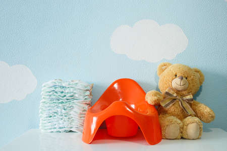vasino: Toy, potty and diapers