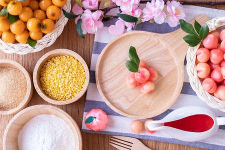 Delectable imitation fruits, Fruit Shaped Mung Beans, Thai traditional dessert. Zdjęcie Seryjne