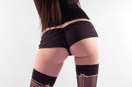 Un fondo femminile sexy con biancheria intima nera