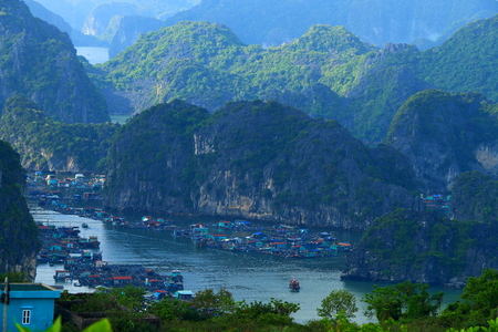 ha: ha long bay cat ba islands and rock formations Stock Photo