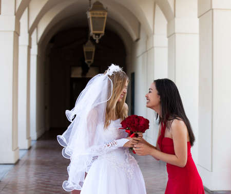 Bride and her Maid of Honor _Best friend photo