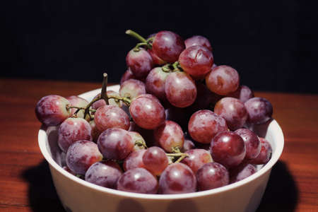 Fresh Red Grape on the table Stok Fotoğraf - 155434042