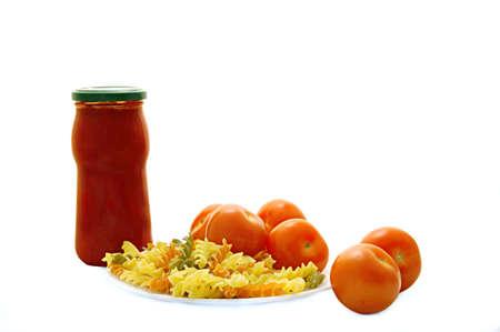 bolognaise: Pasta, bolognaise sauce and tomatoes.
