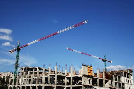 crane parts: Grandes gr�as de la construcci�n.