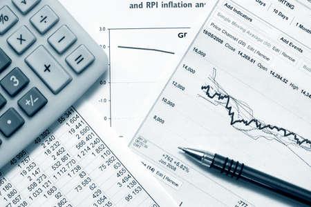 財務グラフとチャート 写真素材