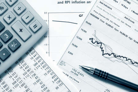 Finanzielle Graphen und Diagramme