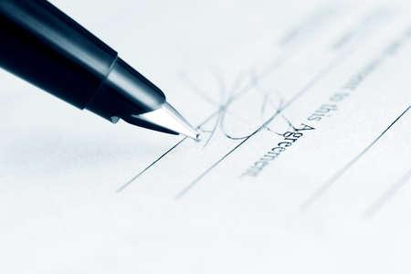 contrato de trabajo: Firma del contrato
