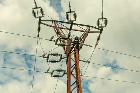 High voltage Pole Standard-Bild