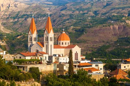 iglesia: Hermosa iglesia en Bsharri, Qadisha valle, L�bano