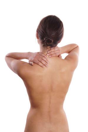 mujer desnuda de espalda: dolor de cuello